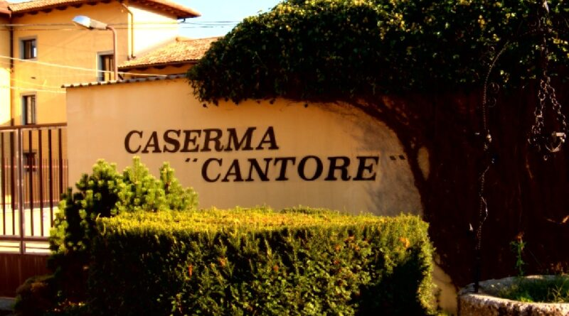 """La """"Cantore"""" di Tolmezzo si svuota, nel frattempo 2 mila firme contro eventuali profughi"""