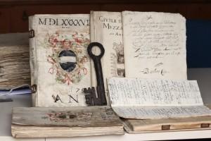MEMORIE_07_Documento_archivistico
