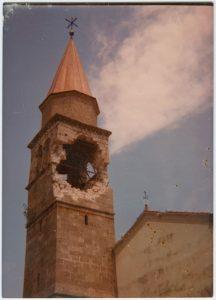 Il Campanile della Pieve di Cesclans dopo le scosse di terremoto