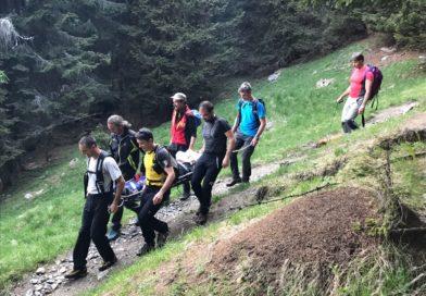 Si fa male a Casera Bordaglia, recuperata dal Soccorso Alpino
