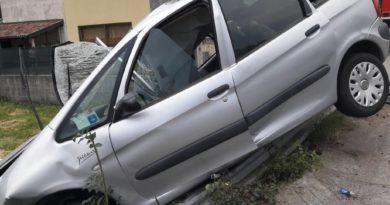 Esce di strada con l'auto, un morto ad Artegna