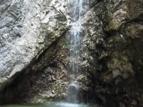 Muore facendo il bagno sul Rio  Favarinis ad Amaro