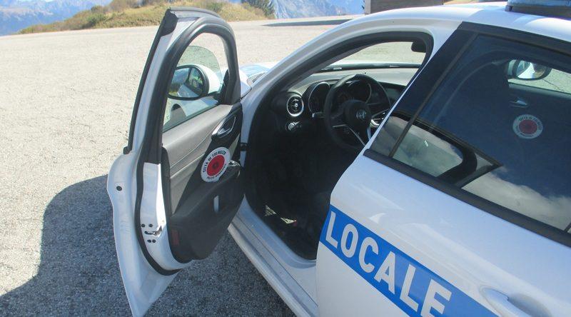 Novantenne di Tolmezzo cade in casa, soccorsa dopo due giorni dalla Polizia Locale dell'Uti della Carnia