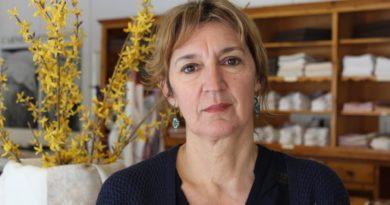 """Tiziana Dalla Valle di Carnica Arte Tessile premio """"Donna di Fiori"""""""