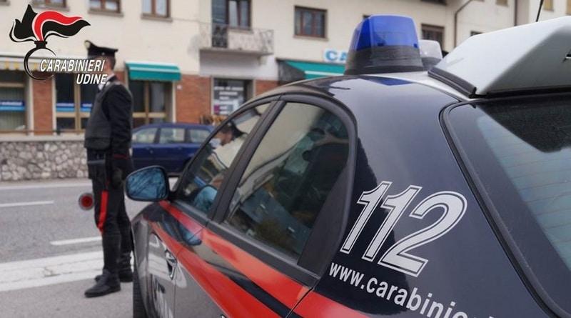 Oppone resistenza ai Carabinieri di Fagagna e poi li colpisce, 47enne agli arresti domiciliari