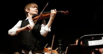 Il tredicenne genio violinista Edward Walton in concerto a Malborghetto