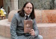 Tobias Fior presenta a Verzegnis il romanzo della figlia di D'Annunzio